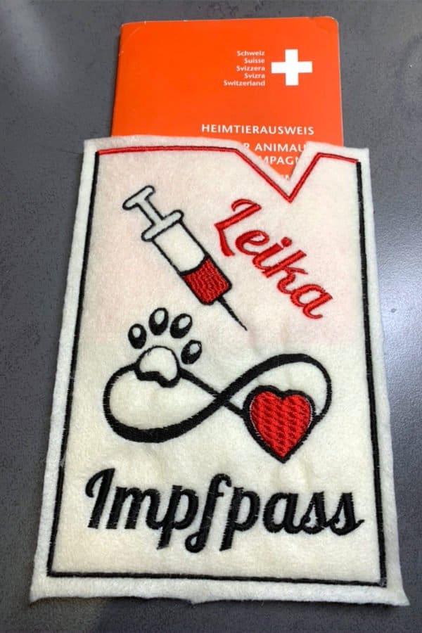 Bestickter Impfass